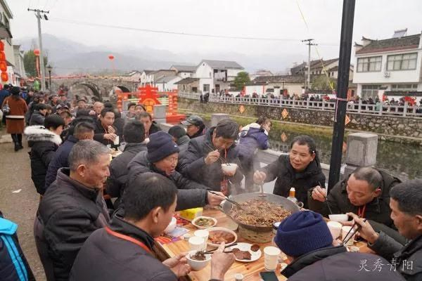 陵阳锅子百家宴 烹调年味新风尚(图7)
